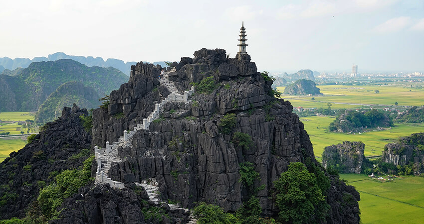 Tam Coc, Hang Mua Peak